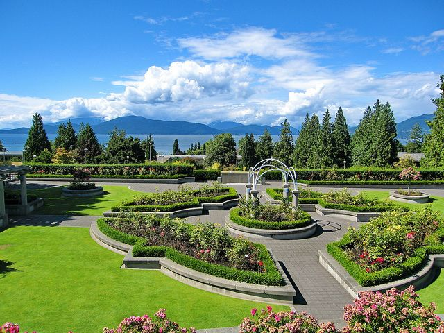Beautiful Campuses In Canada To Tie The Knot