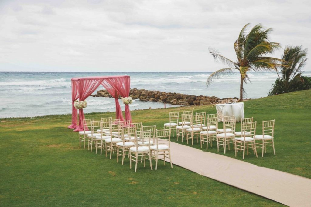 5 Things You Need To Know About Destination Weddings